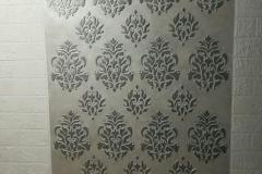 орнаментом с изображением цветов