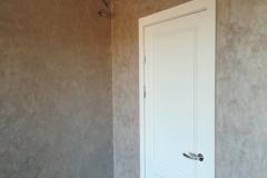 светлая дверь и кремовая Элеганза